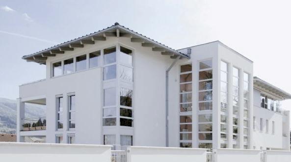 PVC и Алуминиеви прозорци