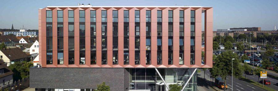 обект с Алуминиеви окачени фасади fasadi-Schüco FW 50+ FW 60+